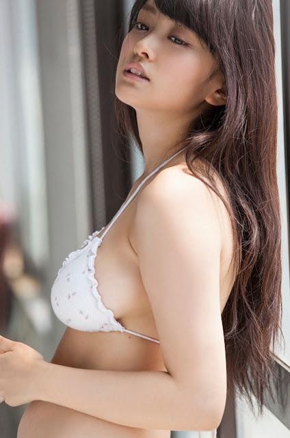 Mari Yamachi 山地まり Sexy Bikini Images 21