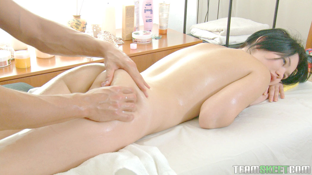 japan-massage-nude-video