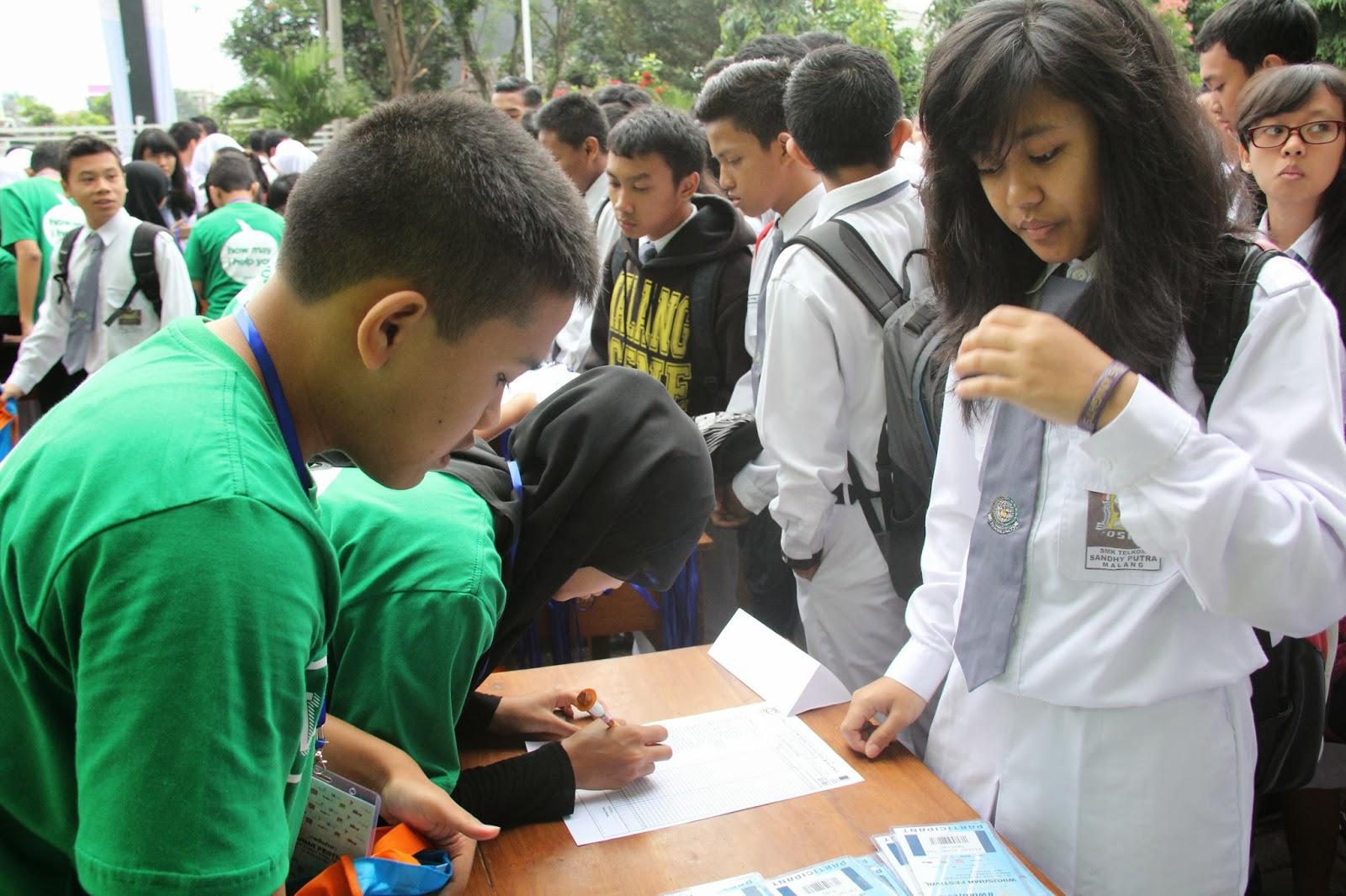 Image result for siswa smk ngantri