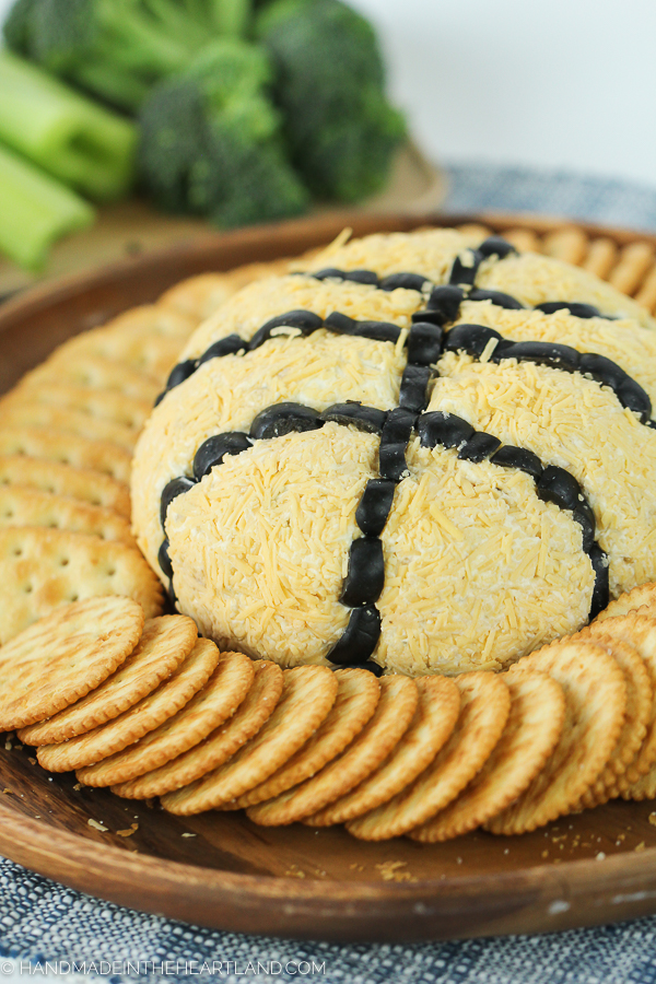 This basketball cheeseball is the best appetizer recipe for a festive march madness or basketball game watch party!