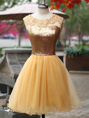 A-line Scoop Neck Short/Mini Tulle Sequined Ruffles Prom dresses