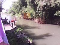 Wisata Sungai Code Yogyakarta dengan Perahu Aluminium