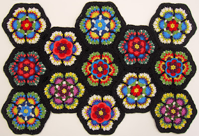 Robin Atkins, Frida's Flowers, Blocks 3 and 5