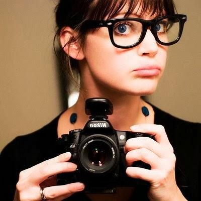 10a01dff6f10a ... muitas pessoas usam óculos sem grau porque o consideram um acessório  muito bonito. Então gente vou postar alguns modelos de óculos que eu achei  lindos ...