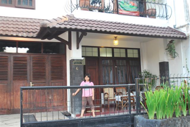 Rumah Timoho Dekat Balai Kota