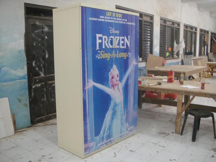 lemari kamar anak gambar kartun furniture semarang
