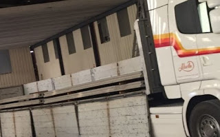 placas sobre camion