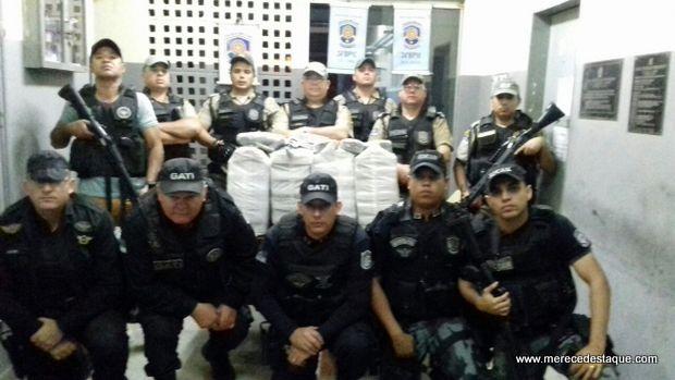 Polícia apreende grande quantidade de maconha que vinha do Congo (PB) para Santa Cruz do Capibaribe (PE)