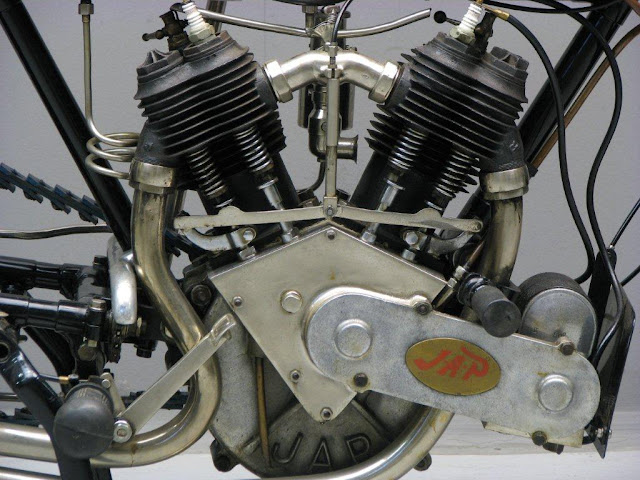 Zenith Gradua V-Twin HD Wallpaper