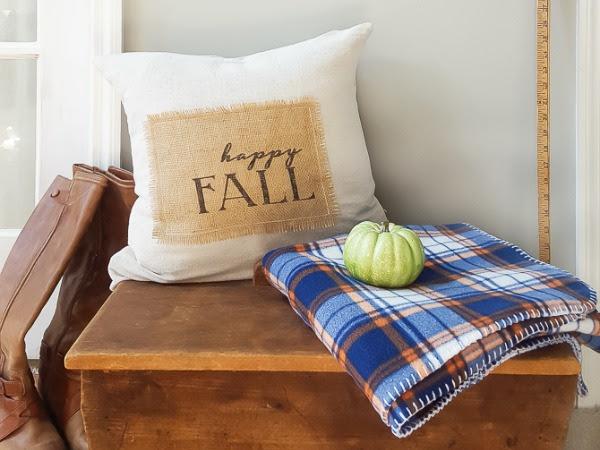 Easy Burlap Pillow plus a Free Printable