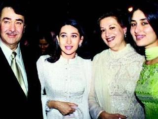 Foto Kareena Kapoor dengan Keluarganya