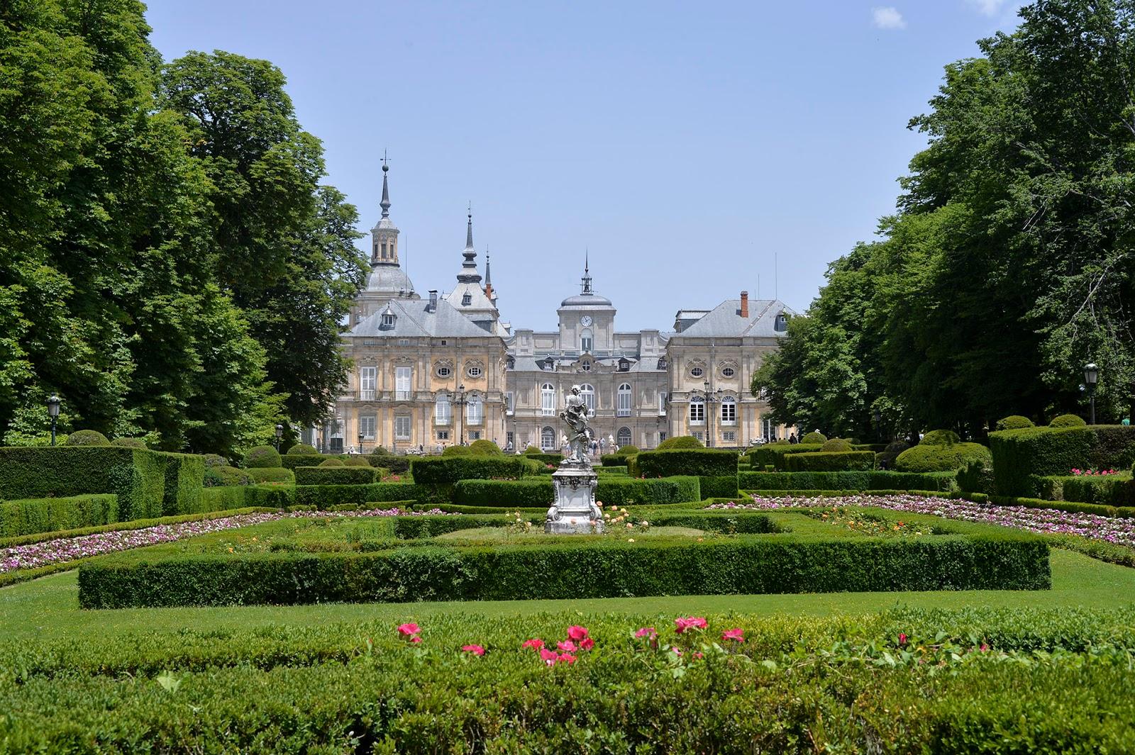 segovia spain travel guide weekend la granja san ildefonso royal palace