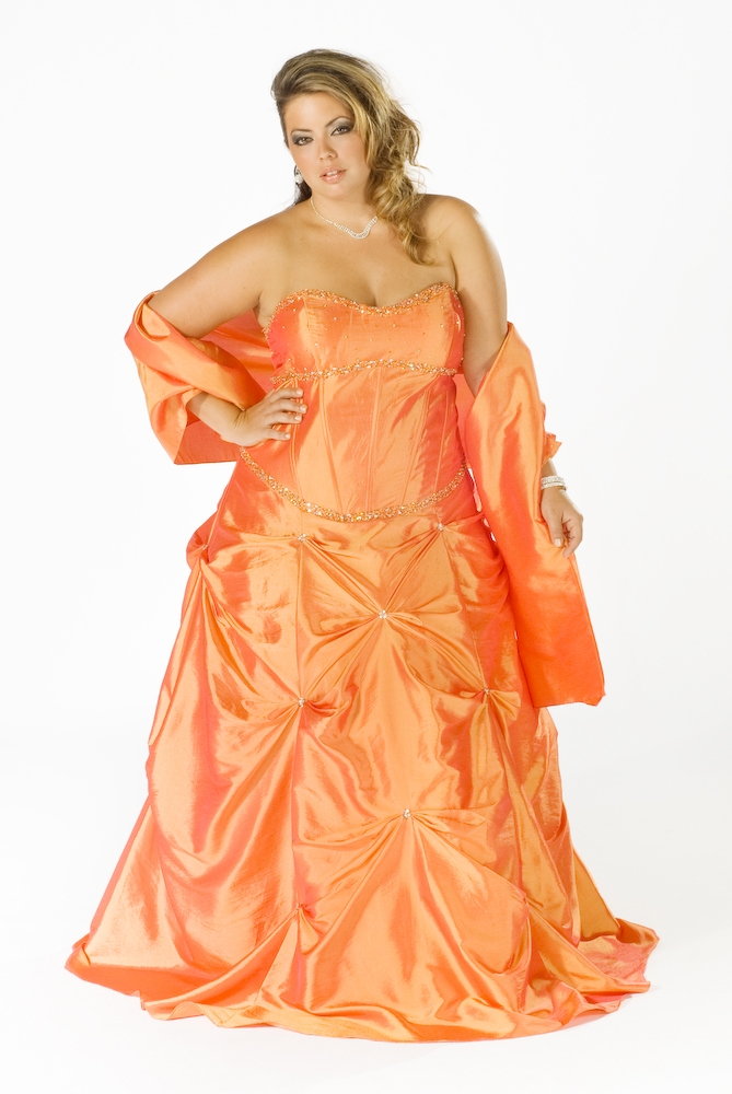 c2b8b18be5c Striking impression once wearing plus size prom dresses actually could be  gained as you notice all the strong and weak points of your body figure.