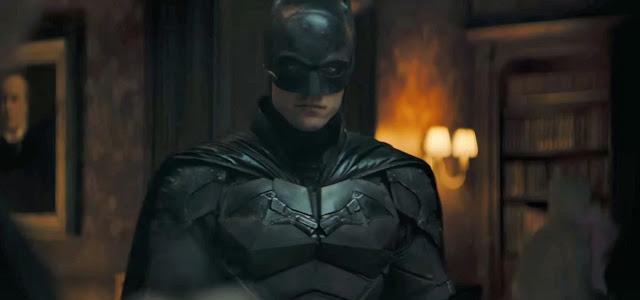 Christopher Nolan afirma que Robert Pattinson é capaz de desempenhar o papel de Batman