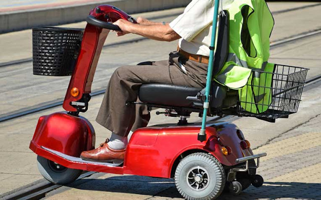 Why The Electric Scooters Are Good Choice for Seniors?