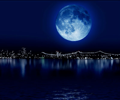 blue moon kucinghitamjalanjalan