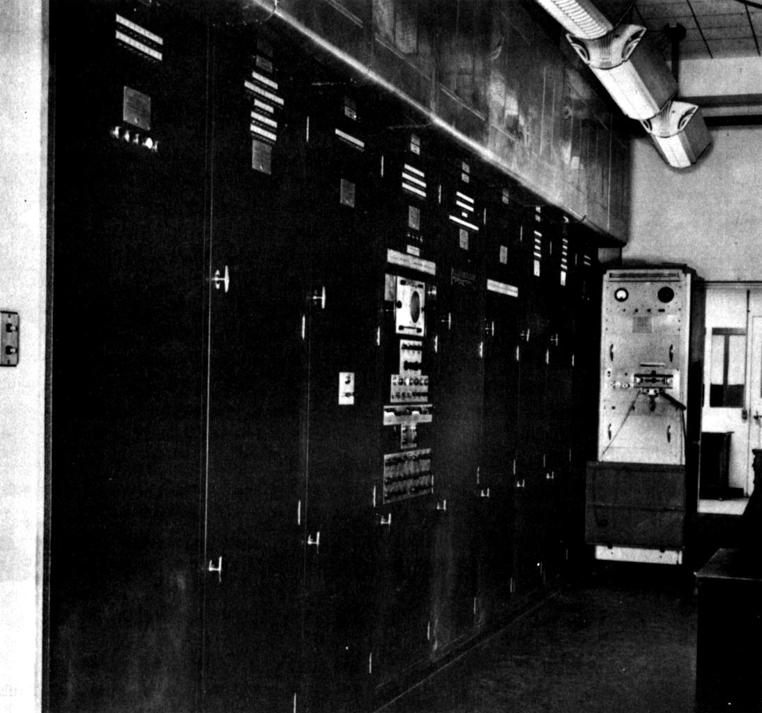 EDVACのコンピューター機材