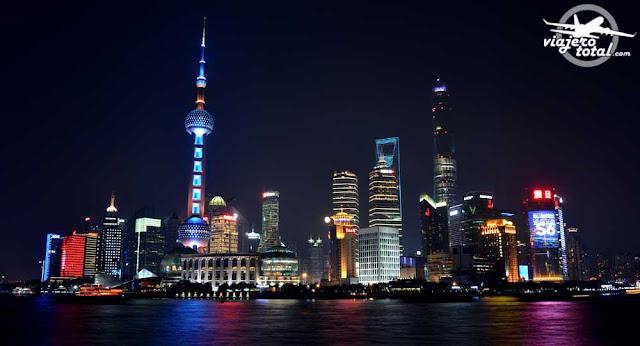 China - Shanghai - Pudong - The Bund - Rascacielos