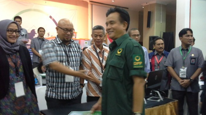 Mengapa PBB Tak Merapat ke Jokowi Maupun Prabowo?