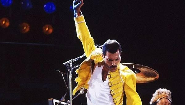 Freddie Mercury, vocalista da banda Queen
