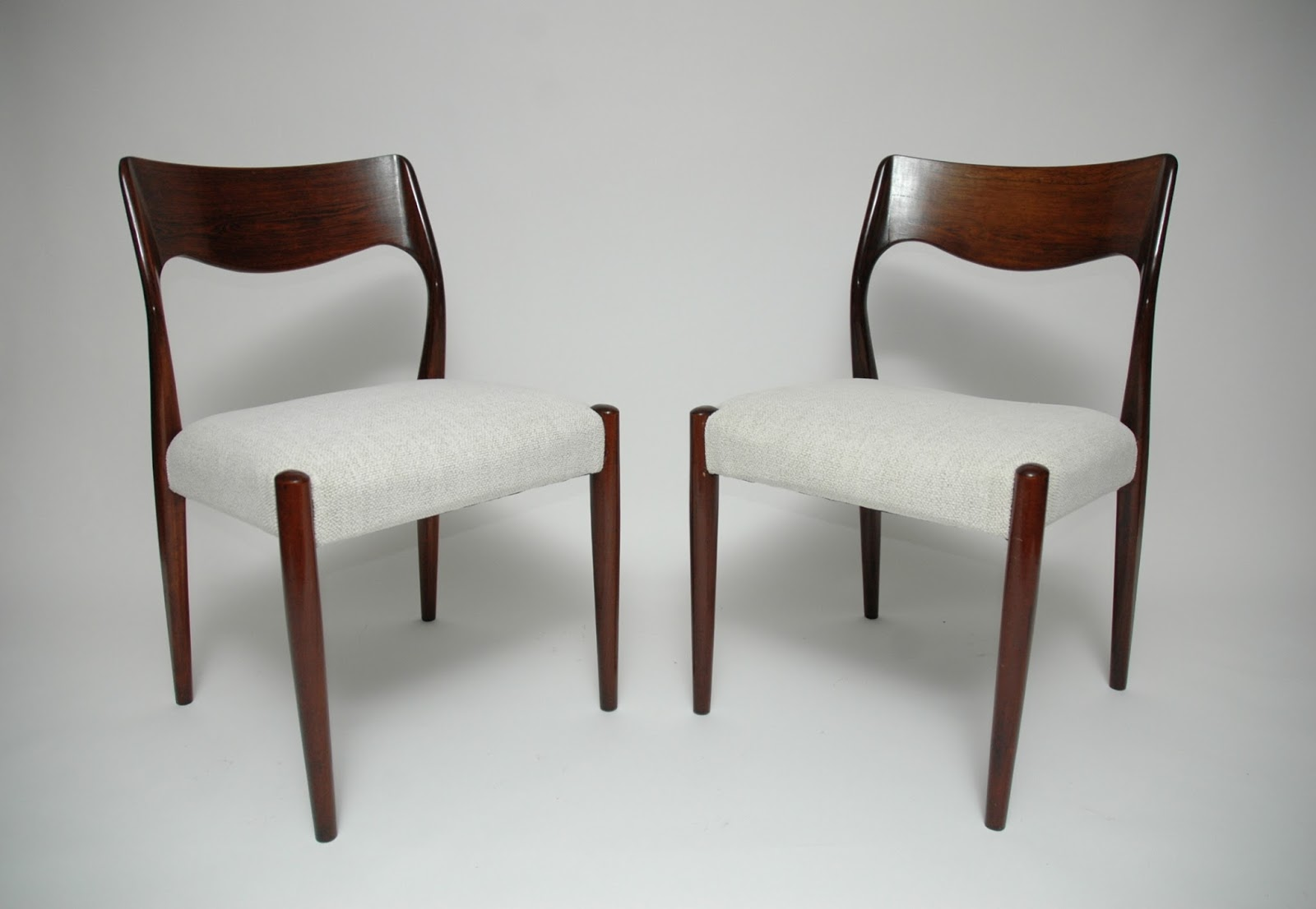Colección Siglo XX. Antigüedades y Diseño.: Conjunto 6 sillas ...