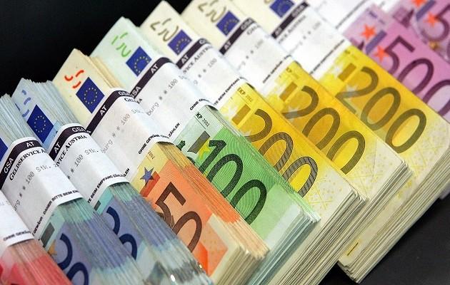Μικτά κλιμάκια ελέγχουν επιχειρηματίες των Τρικάλων για παράνομο πλουτισμό
