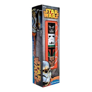 Setul cu cele 4 modele de cana tema Star Wars -le poti gasi aici