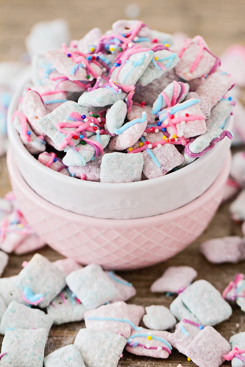 These unicorn muddy buddies are so whimsical and fun, and easy to make too!