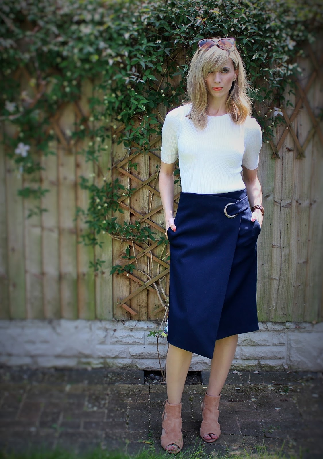 The Wrap Midi 2 - OOTD featuring Topshop skirt and River Island shoes