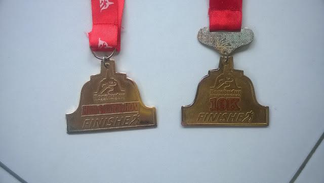 Medali tahun 2015 dan 2014 tampak depan
