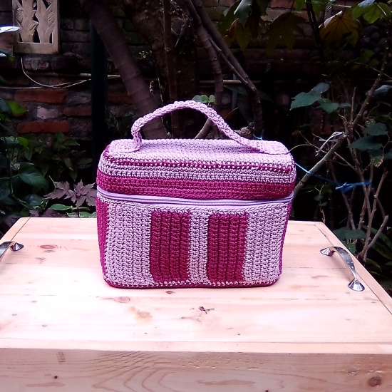 Tas Rajut Model Beauty Cas Warna Ungu - Medium