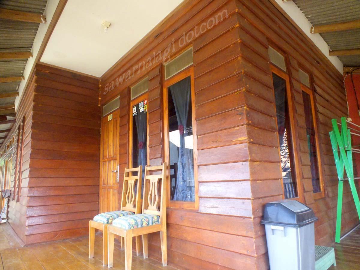 penginapan villa  dan Hotel Pondok Revi sawarna
