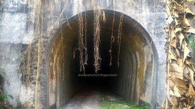Terowongan Juliana atau Bengkok