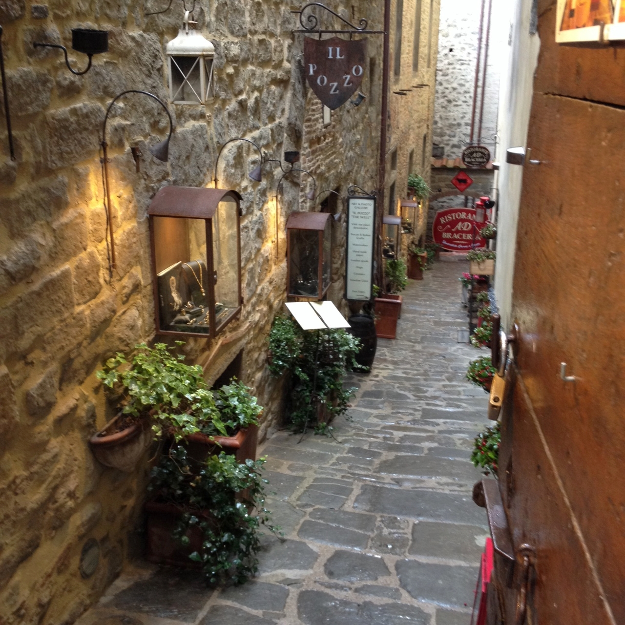 Jolisoleil Winetours Blog Visit Cortona And See The Real