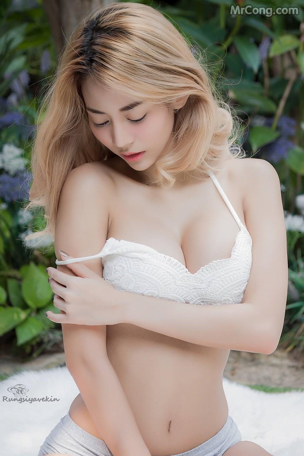 Image Nguoi-mau-Thai-Lan-Jiraporn-Ngamthuan-MrCong.com-008 in post Người đẹp Jiraporn Ngamthuan nóng bỏng tạo dáng với trang phục biển mát rượi (28 ảnh)