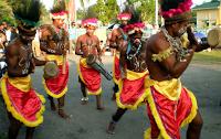 http://senbudi.blogspot.com/2015/12/tarian-tarian-berasal-dari-papua.html