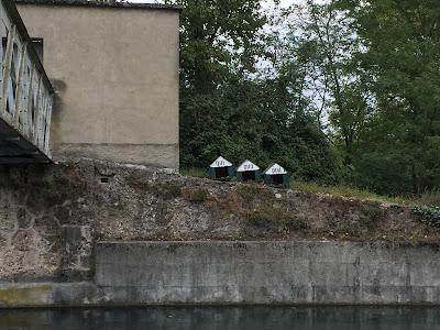 Qui Quo Qua houses on Trezzo sull'Adda.