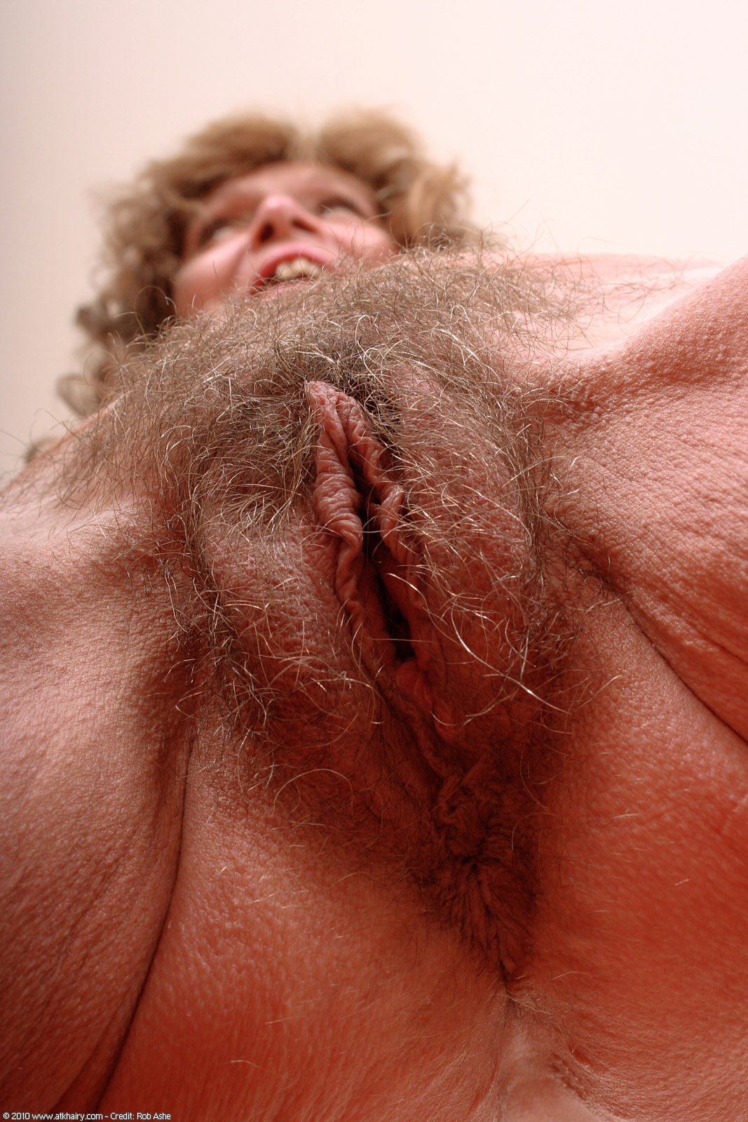 Huge cock shemale fucking
