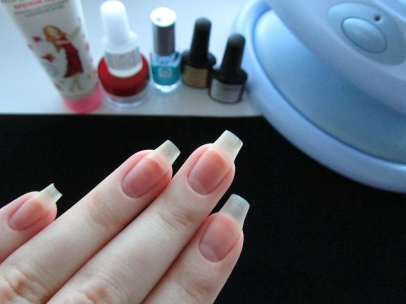 Почему под гель лаком ломаются ногти