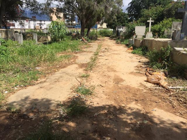Cementerio General del Sur, entre modernos panteones 'revolucionarios' y tumbas profanadas
