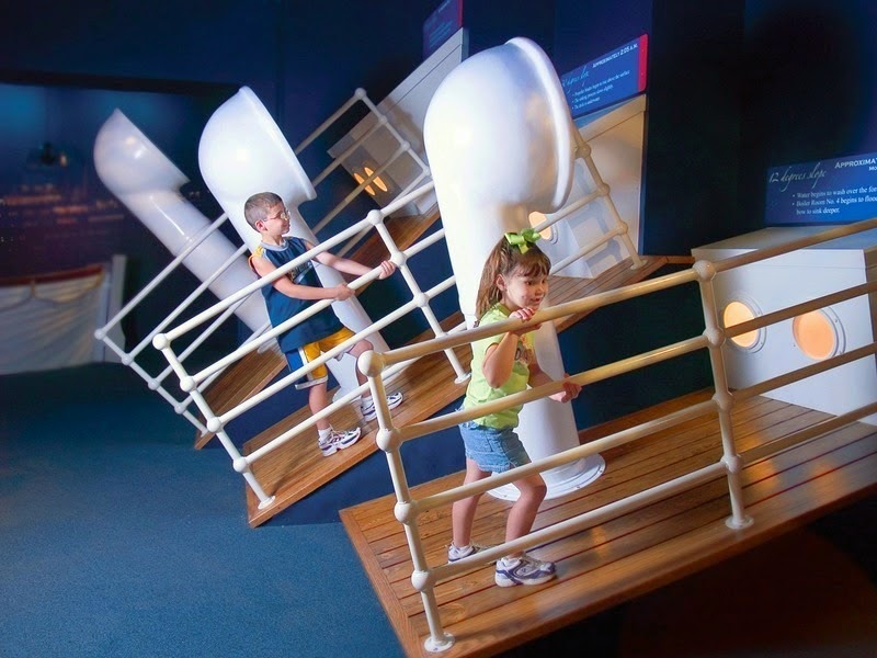 Interactive gallery. - The Titanic Museum in Branson