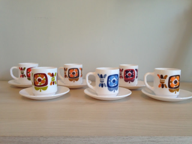 tasse-cafe-vintage-mobil-acropal