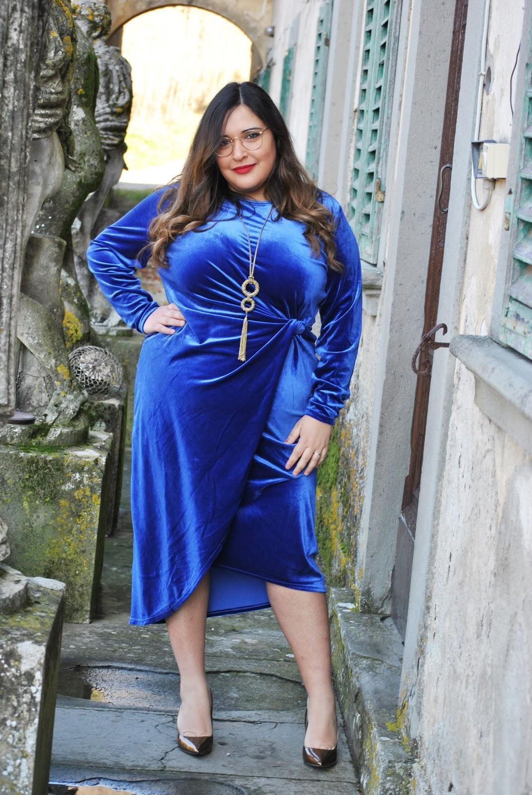 quality design e1740 dfacc Curvy Blog by Moira Pugliese: Acquisto pazzo    Abito blue ...