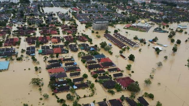 banjir besar kemaman 2013