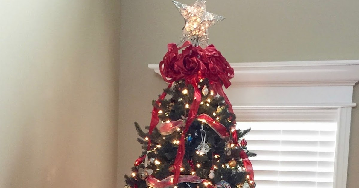 Sew Scrappy Day: Red Ribbon Christmas Tree