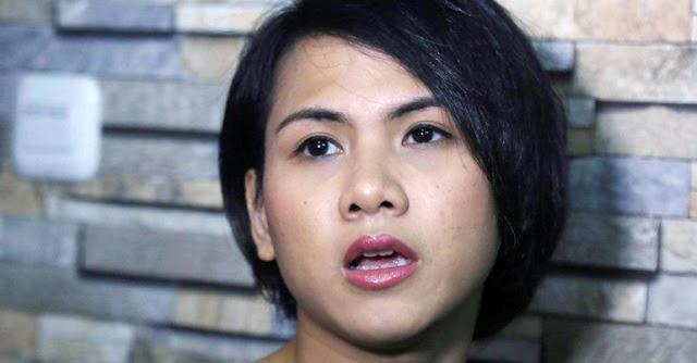 Ibunda Datang dari Jepang untuk Temani Evelyn di Sidang Perdana