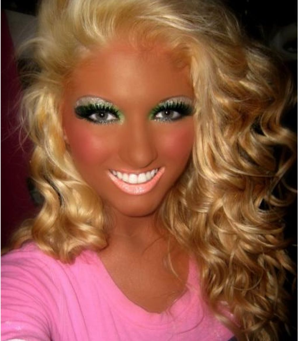 Women With To Much Makeup