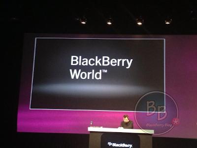 """Durante el evento de BlackBerry Jam Asia, Marty Mallick, VP de Alianzas Globales de RIM anuncio que para el lanzamiento de BlackBerry 10 la tienda de aplicaciones; BlackBerry App World cambiará su nombre a """"BlackBerry World"""" en la cual encontrarán aplicaciones, juegos, música, peliculas. Fuente:bberryblog"""