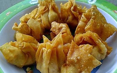 http://infomasihariini.blogspot.com/2017/01/resep-pangsit-goreng-isi-paling-renyah.html