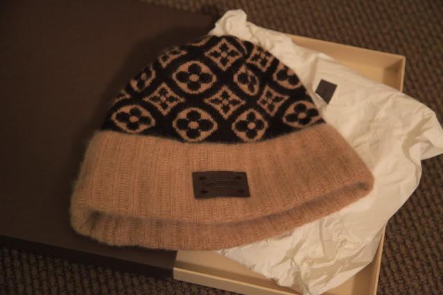 75b844bcfe8 Louis Vuitton Bonnet Monogram Ski Hat